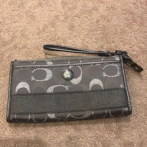 Coach wristlet/wallet like new!